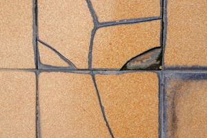 Replacing Damaged Ceramic Tiles