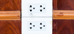 How to Wire a Double Outlet