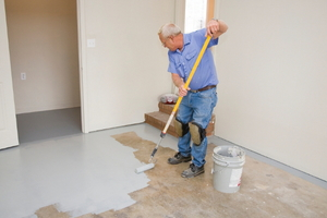4 Types of Paint to Use on a Garage Floor