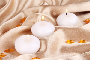 How to Remove Candle Wax from Bed Sheets