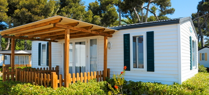 10 Handy Tips for Mobile Home Owners | DoItYourself com