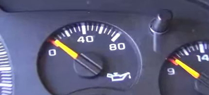 oil light on 1998 toyota camry