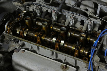 Troubleshooting an Oil Leak in an Exhaust Pipe