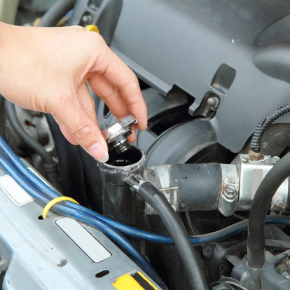 How to Burp a Vehicle's Coolant System | DoItYourself com