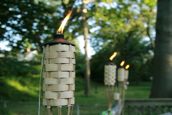 tiki torches for pest control