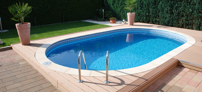 The pros and cons of saltwater pools - Do it yourself swimming pool kits ...