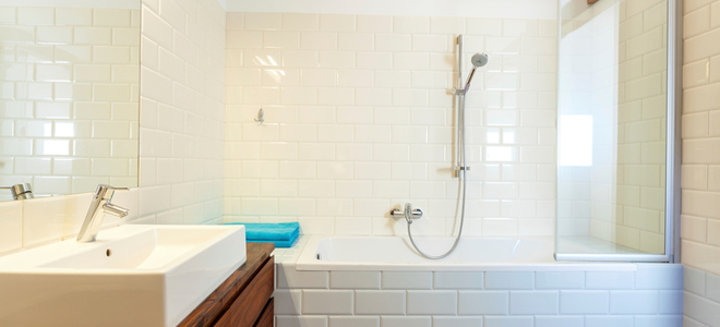 Remodel Your Tub Quickly and Easily With a Bathtub Liner