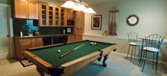 Remodeling a basement without windows 4 decorating ideas for Basement bedroom ideas no windows