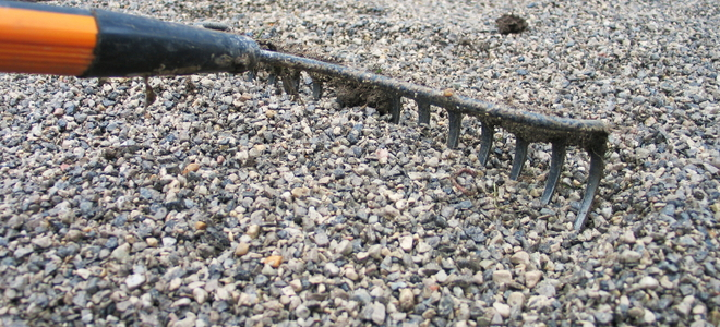 Calculate How Much Driveway Gravel You Need Doityourself Com