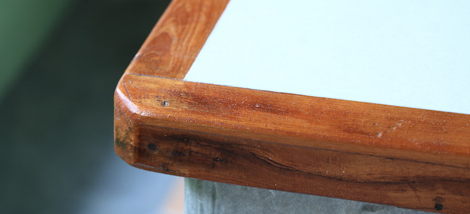Repair A Chipped Corner On A Solid Wood Table Top Repair A Chipped Corner  On A Solid Wood Table Top