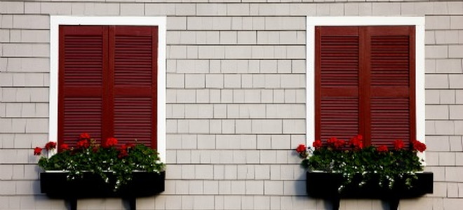 Painting tips for vinyl shutters for Paint vinyl shutters