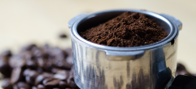 fertilizing rose bushes with coffee grounds fertilizing rose bushes with coffee grounds - Mini Roses Care Indoor