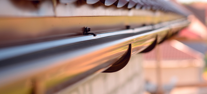 How To Seal Gutter Seams To Avoid Leaks Doityourself Com