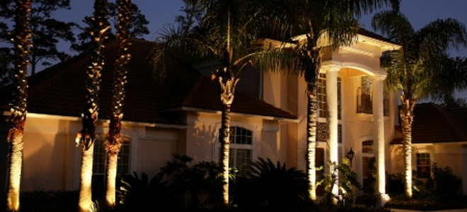 Make Your Home Inviting And Safe With Landscape Lighting