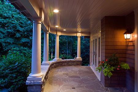 6 types of deck lights - Exterior soffit lighting spacing ...