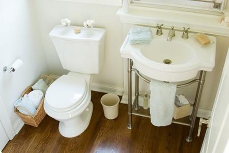 11 must have bathroom accessories. Black Bedroom Furniture Sets. Home Design Ideas