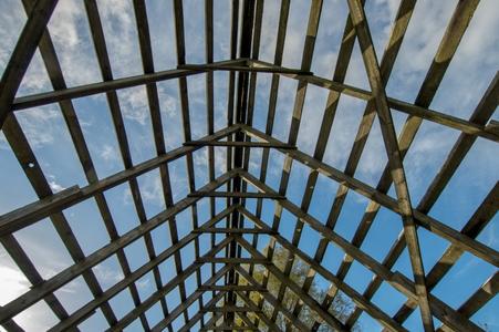 Building A Garage 6 Roof Framing Doityourself Com