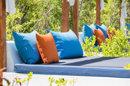 Choosing The Best Fabric For Outdoor Cushions