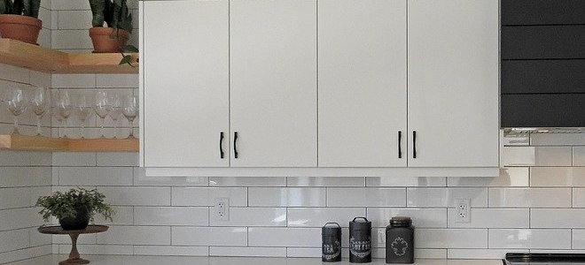 How To Remove Varnish On Kitchen Cabinets Doityourself Com