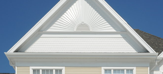 Shingling Hip Roofs Doityourself Com