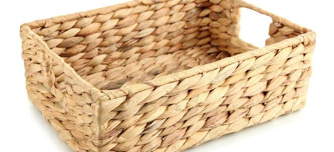 basket with open handles