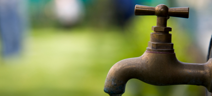 How to Repair a Leaking Outdoor Faucet | DoItYourself.com