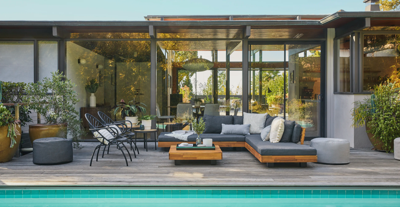 The Best Deals on Patio Furniture This Month
