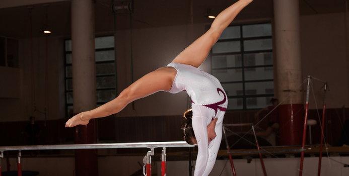 gymnastics_000033946566_Small.jpg