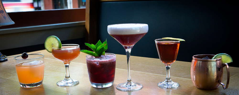Craft Cocktails, Zeus Cafe.