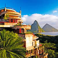 The 5 Best Luxury Hotels in St. Lucia