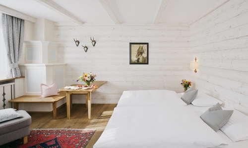 Superior double room Alpine style (example)