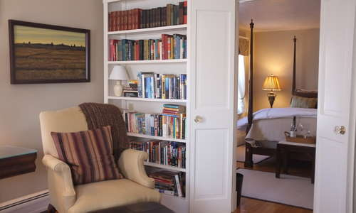 "The gracious 3-room ""Emma Suite""  has its own private library/sitting room with TV/DVD, quiet ductless AC and an ensuite bath."