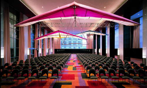 Boasting over 47,000 square feet of meeting space, the Loews Philadelphia Hotel is the perfect venue for meetings and events of all sizes and shapes
