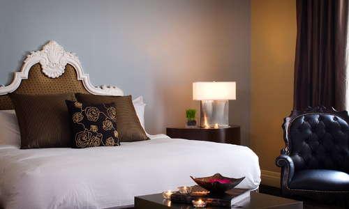 Kimpton Alexis Hotel guestroom