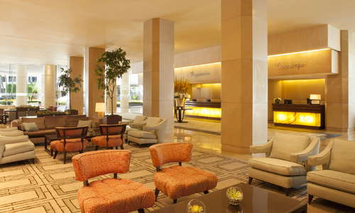 Beverly Hilton Expert Review