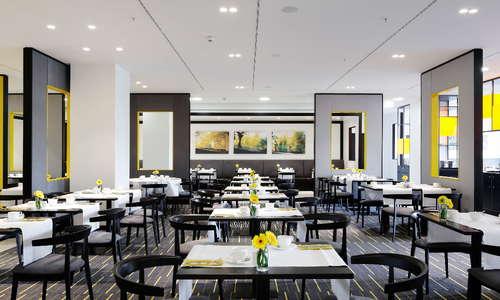 Vienna House Andel's Berlin Restaurant delight