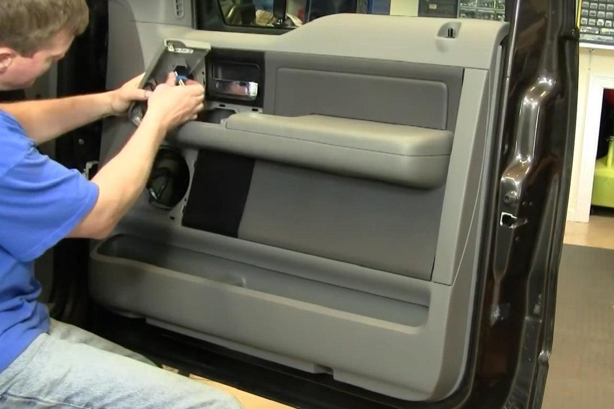 ford f150 power door lock actuator motor remove replace how to change DIY