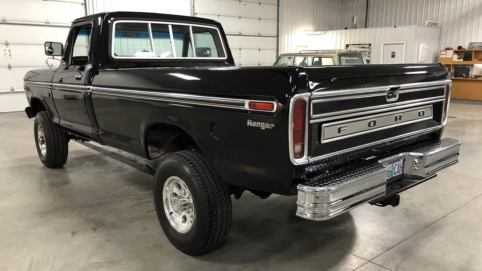 Stunningly Simple Ford F-250 Is One High Rolling Highboy