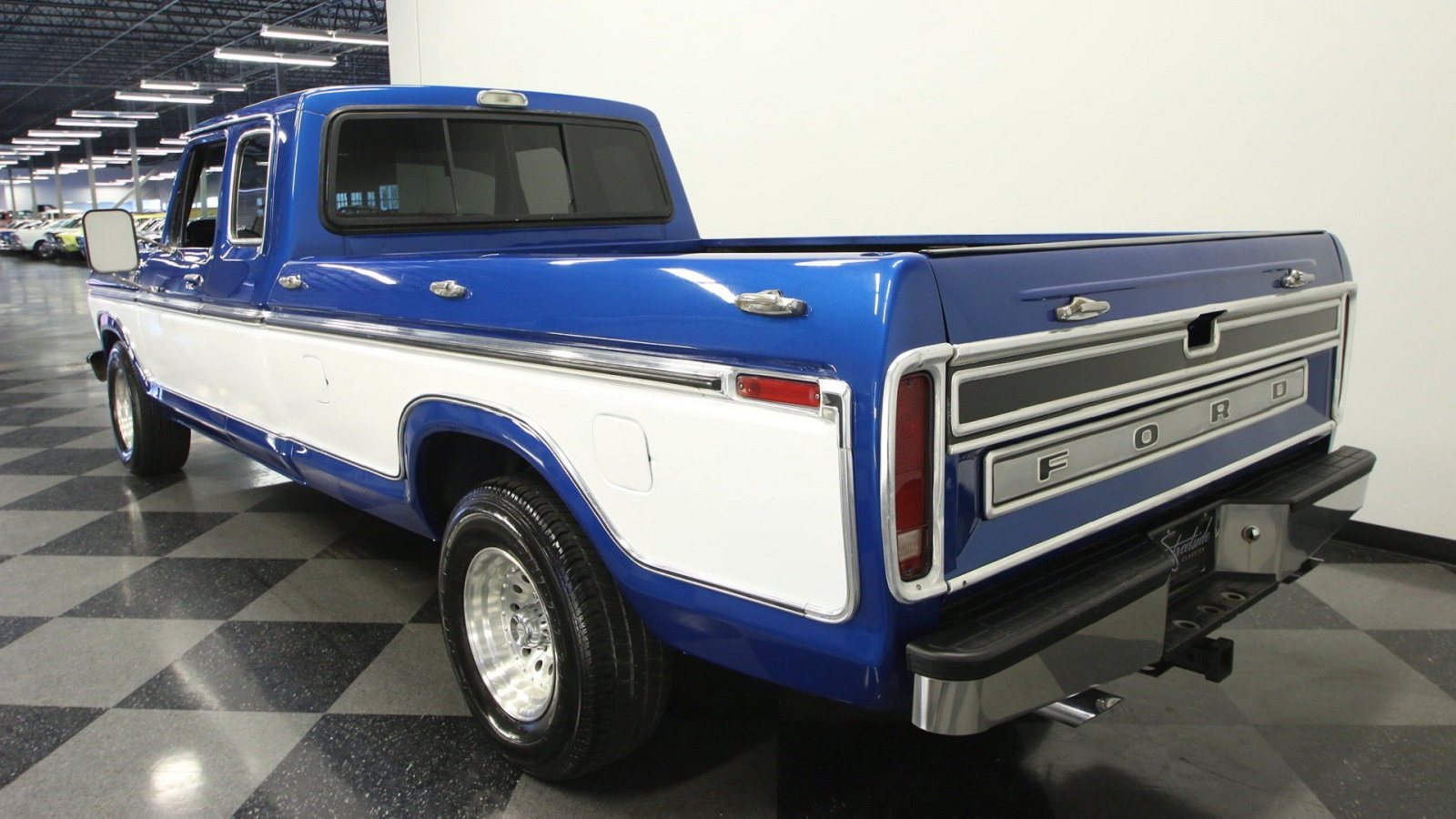 1977 Ford F-150 Super Cab Is One Smooth Cruiser