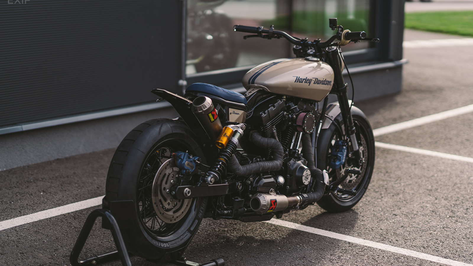 Harley Dyna Custom by NCT is Built to go Fast