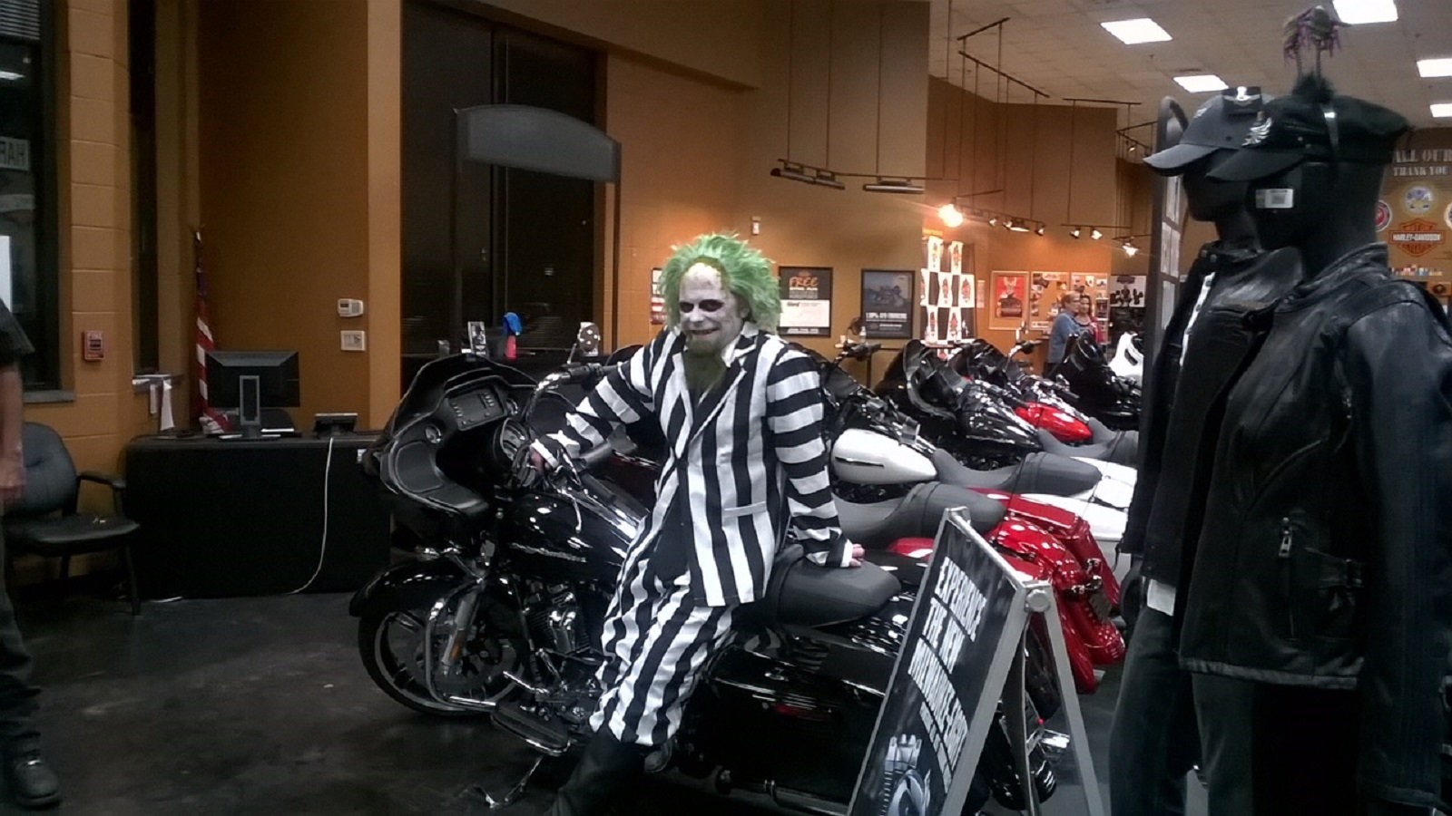 BEETLEJUICE on a Bagger!