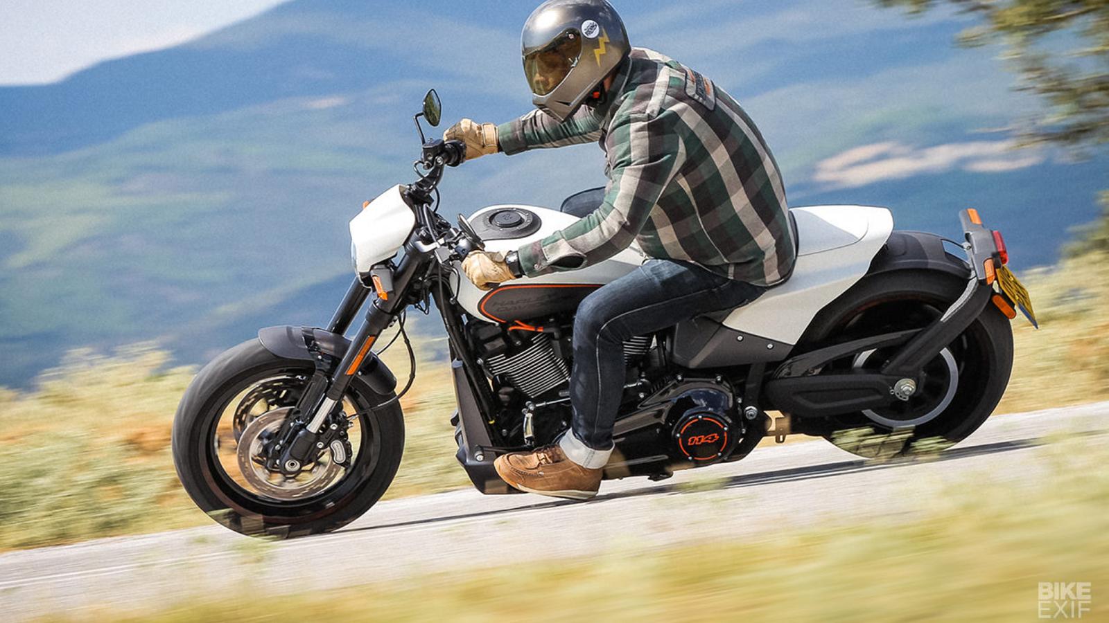 2019 Harley-Davidson FXDR 114 Is a Rowdy, Fun Ride