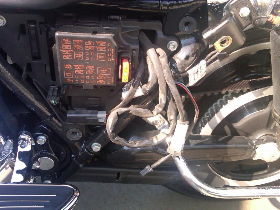 Not sure of these wires 126760 harley davidson touring fuse box diagram hdforums Harley -Davidson Sportster at eliteediting.co