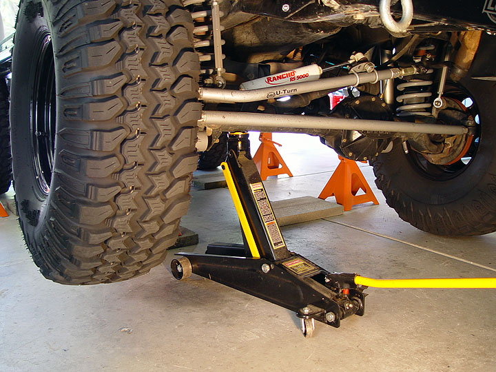 Jeep Wrangler Jk 2007 To Present How To Replace Rear Axle