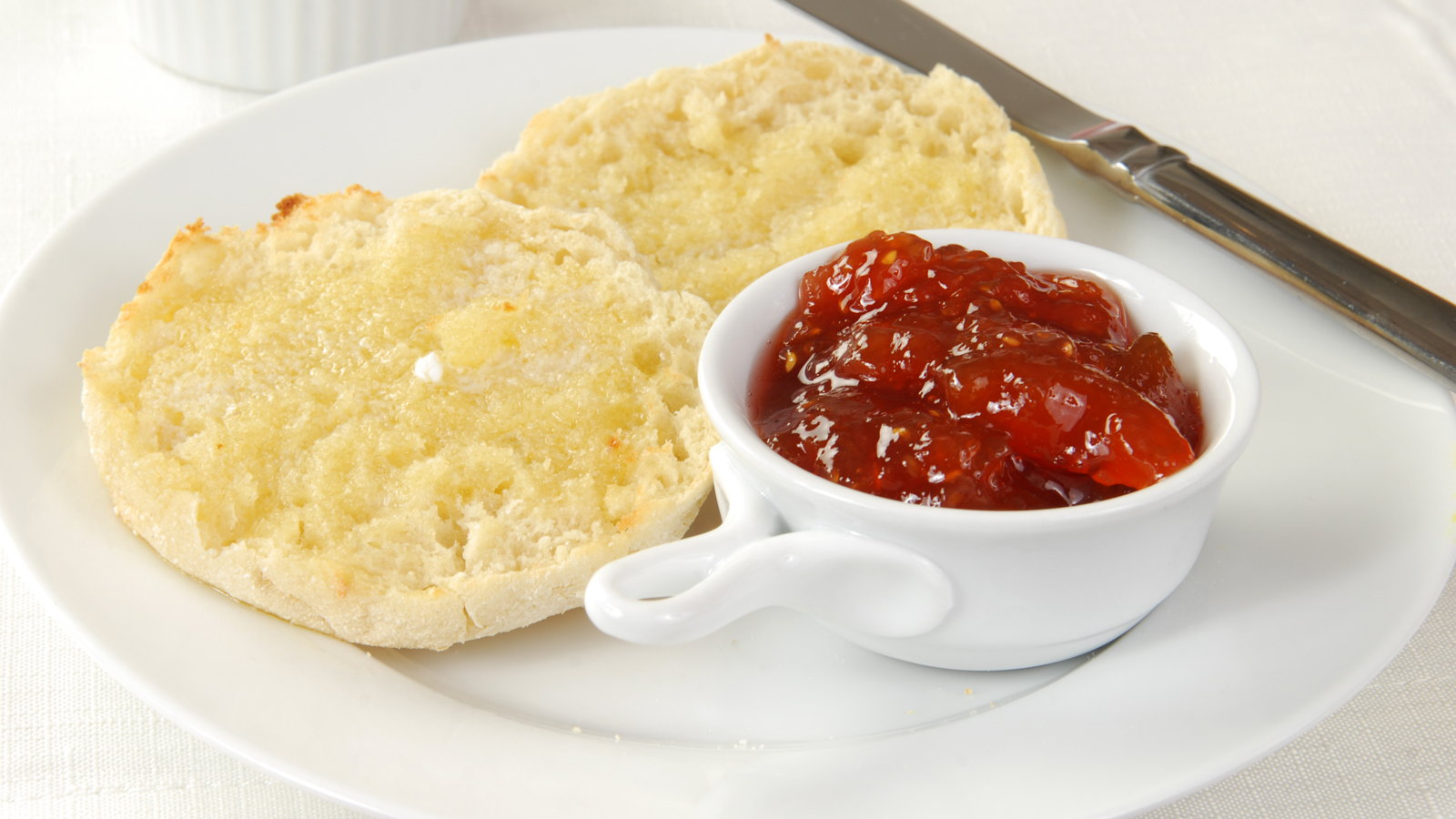 english muffin with jelly