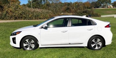 2018 Hyundai Ioniq Electric Driving Impressions
