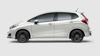 2018 Honda Fit Sport side view