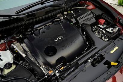 Nissan 3.5L VQ DOHC V-6 (Maxima)