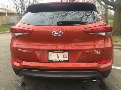 2016 Hyundai Tucson Limited AWD rear fascia