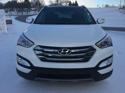 2016 Hyundai Santa Fe Sport AWD 2.0T front fascia detail